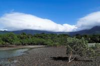Schön, dass die hohen Berge die Regenwolken fernhalten.
