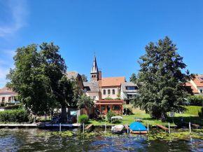 Rahnsdorf ist ein kleiner Fischerort in der Nähe des Müggelsees.