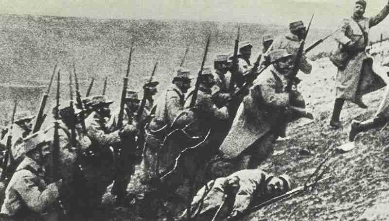 Angriff französischer Infanterie 1914
