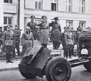 Deutsch-Russische Siegesparade in Brest-Litowsk.