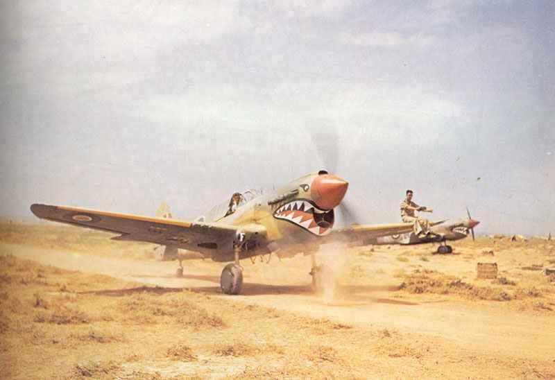 P-40 Kittyhawk der RAF