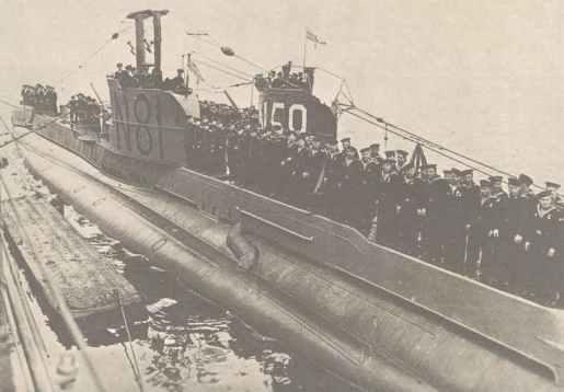 englische Unterseeboote Sunfish (S-Klasse) und Ursula (U-Klasse)