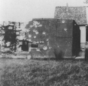 Zerstörter Westwall-Bunker bei Steckenborn (Saarland)