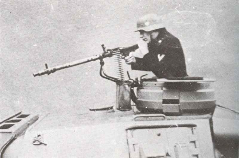 MG 34 auf einem PzKpfw IV.