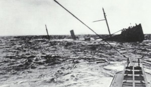 U-Boot nähert sich seinem Opfer