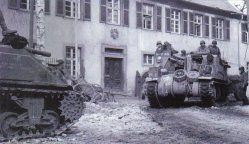 M7 105-mm HMC in Limburg