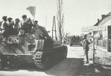 Russische Panzer fahren nach Österreich