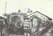 Char B1 werden verladen
