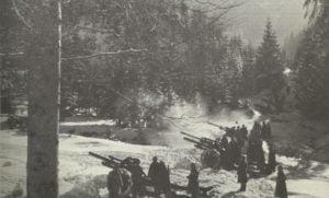 Russische Artillerie in den Karpaten