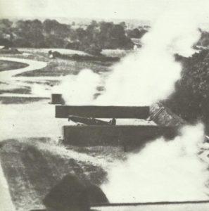 Spitfire übersteht Tiefangriff