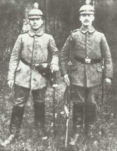 Angehörige einer deutschen Feld-Artillerie-Batterie