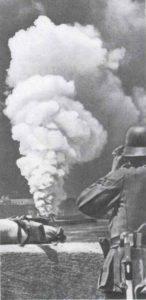 RAF bombardiert den Hafen von Le Havre