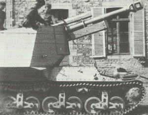 10,5cm leFH18 auf GW Lorraine-Schlepper(f)