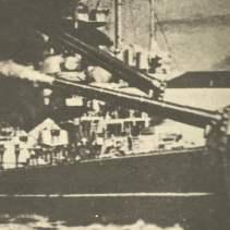 38-cm-Türme der Tirpitz feuern
