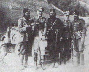 Cetniks mit deutschen Offizieren