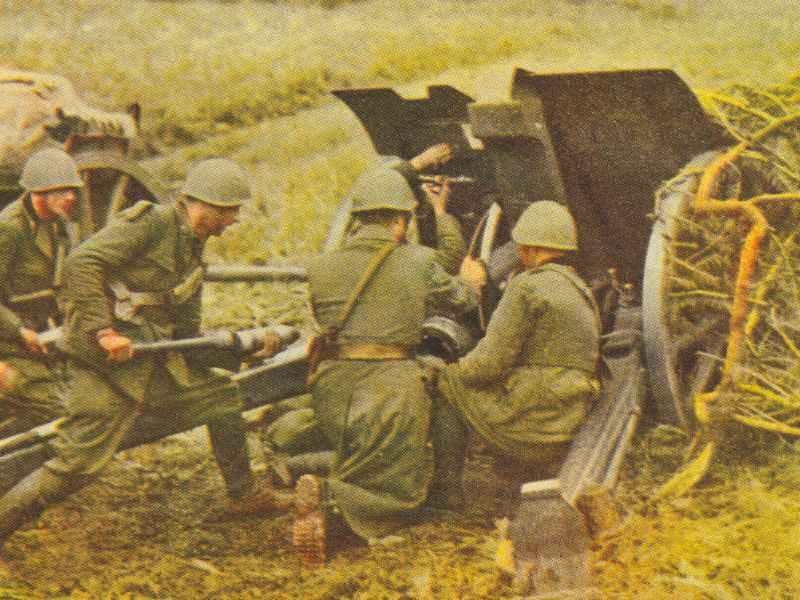 Italienische Artillerie im Gefecht