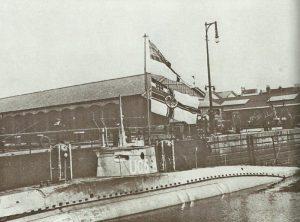 UC 5 strandete und wurde von der Royal Navy erbeutet.