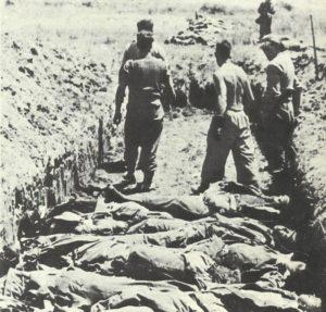 Massengräber für gefallene deutsche Soldaten