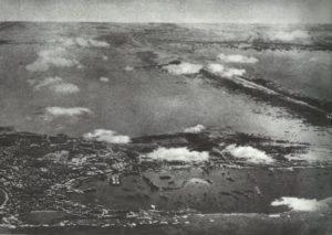 Bombenangriff italienischer Flugzeuge auf die Reede von Alexandria