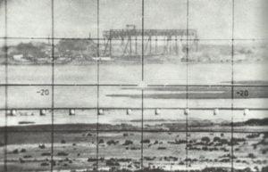 Blick durch das Scherenfernrohr auf Leningrad