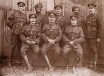 Britische und indische berittene Militärpolizei