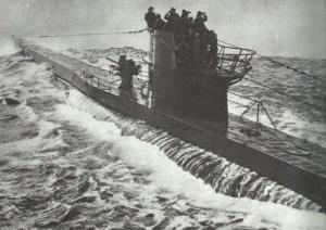 U-Boot in stürmischer See