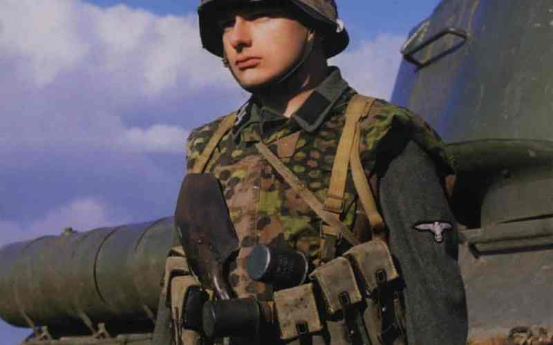 Waffen-SS Uniformen
