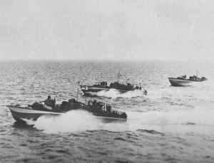 Englische Motorkanonenboote