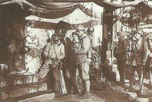 Gruppe von tschechoslowakischen Soldaten in französischen Uniformen