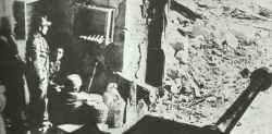 Gefechtsstand einer deutschen Sturmgeschütz-Einheit