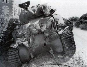 Sherman von Acht-Acht getroffen