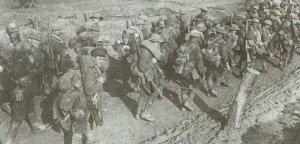 Australische Truppen marschieren