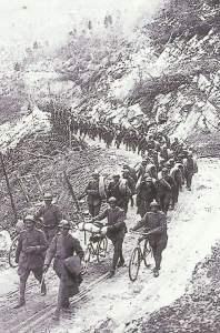 Vormarsch italienischer Truppen Assiago-Hochebene