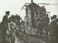 Übergabe eines deutschen U-Boots