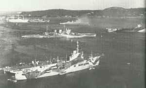 Ankuft des englischen Flottenverbandes in Trincomalee auf Ceylon
