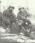 US-Marines mit einem fortschrittlichen Feldtelefon.