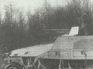 SdKfz 251/10 mit 3,7cm Pak