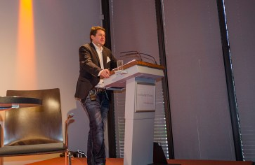 Moderator Alexander Yendell, Universität Leipzig