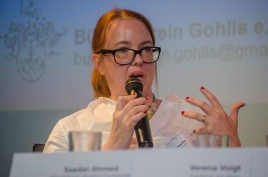 Verena Voigt (Frankfurt am Main) bei der Posiumsdiskussion; Foto: Andreas Reichelt
