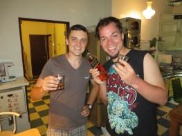 Richard und Aron mit Whiskey von Jasmin