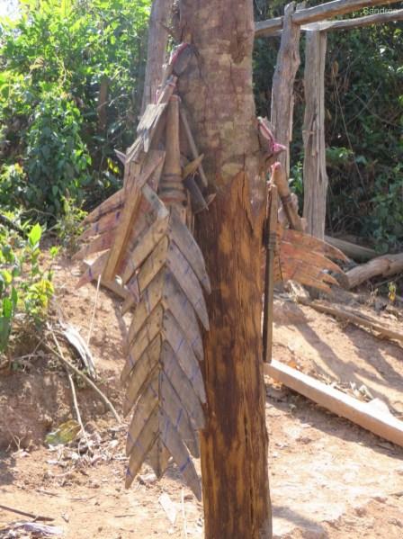 Diese Holzmesser schützen vor bösen Geistern.