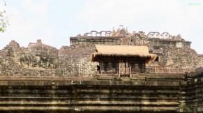 Wer erkennt den liegenden Buddha?! (links ist der Kopf)