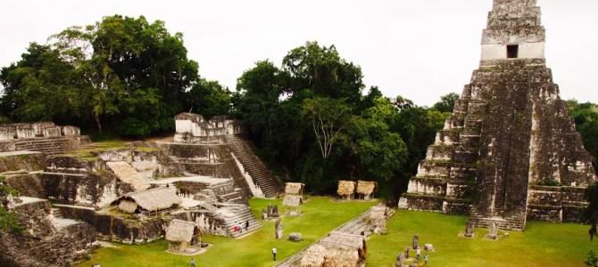 Tikal: mit Moskitos auf den Spuren der Mayas
