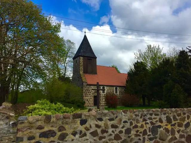 Apollensdorf alte Kirche