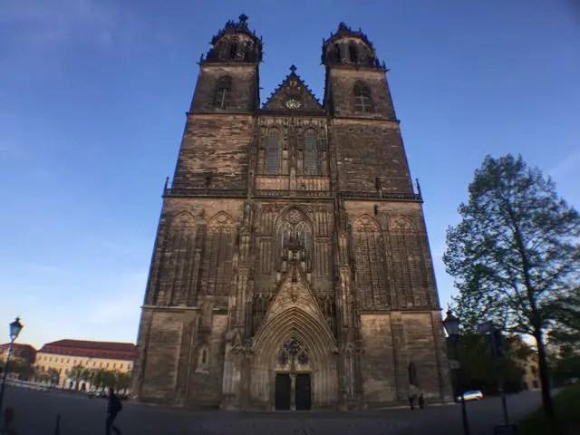 Magdeburger Dom Daemmerung