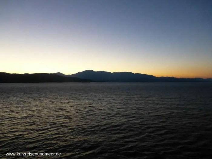 Kreuzfahrt-Bucht-von-Kotor-kurzreisen-und-Meer