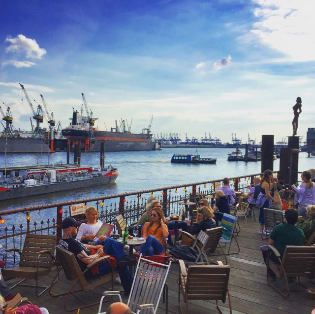 Hamburg-Strandpauli-Blick-Hafen - 1