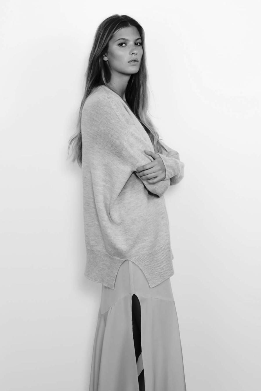 Viktoria_Woods_STOCKHOLMKNIT-GREY-MARL