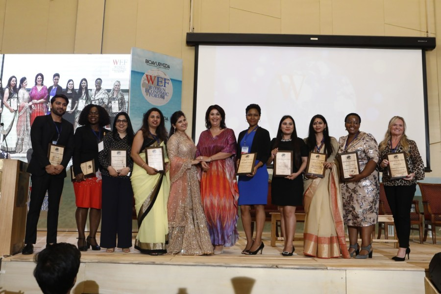 Receiving-the-Exceptional-Woman-of-Excellence-Award