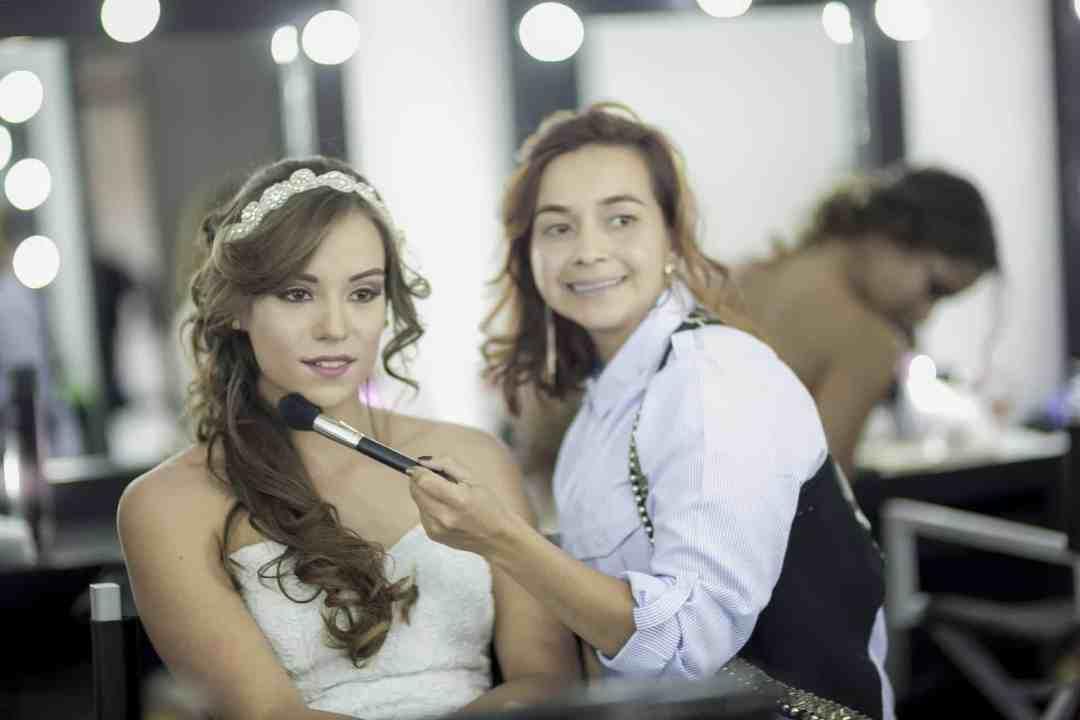 wedding make up artist
